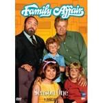 http://televisieseries.com/F/images/familyaffair.jpg